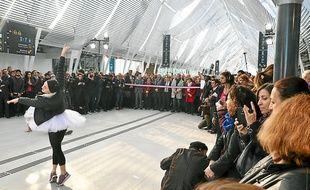 Un spectacle de Yann Lheureux a inauguré la nouvelle nef de la gare.