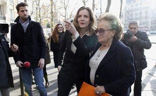Nathalie Kosciusko-Morizet accompagnée de Bernadette Chirac à Paris le 17 décembre 2013.