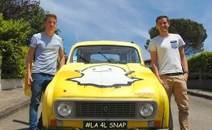 François et Jeff, deux étudiants toulousains, partent à l'assaut des Alpes avec leur 4L Snap.