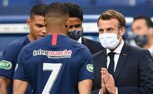 Emmanuel Macron s'est dit opposé au projet d'une Super Ligue Européenne indépendante de l'Uefa.