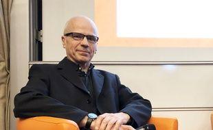 Jean Dubuisson, responsable de l'équipe « Virologie moléculaire et cellulaire », au Centre d'Infection et d'Immunité de l'Institut Pasteur de Lille