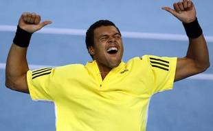 France's Jo-Wilfried Tsonga celebrates his victory over Spain's Feliciano Lopez in their quarter-final men's singles match at the Marseille Open ATP tennis tournament February 20, 2009. REUTERS/Jean-Paul Pelissier (FRANCE)