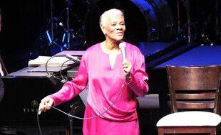 La chanteuse soul Dionne Warwick