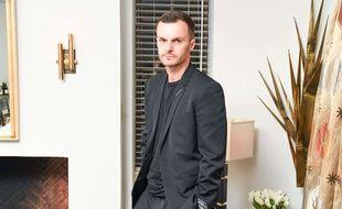 Le Belge Kris Van Assche quitte la direction artistique de la maison Christian Dior Homme.
