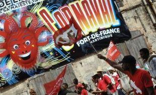 Plusieurs maires de Martinique, dont celui de Fort-de-France, ont décidé d'annuler les festivités du carnaval 2009 sur leur commune en raison du mouvement social en Martinique et en Guadeloupe.