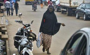 Les autorités camerounaises ont décidé d'étendre l'interdiction du port du voile intégral aux régions de l'Est et du Littoral, pour prévenir le risque d'attentats dans le pays