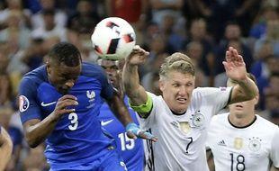 Une main de Schweinsteiger a provoqué un penalty lors du match France-Allemagne, en demi-finale de l'Euro, le 7 juillet 2016.