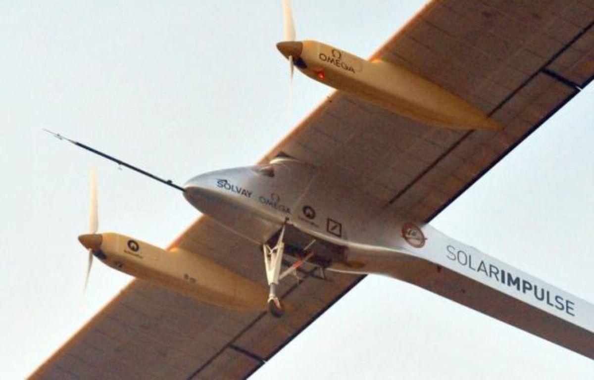 L'avion solaire suisse Solar Impulse a décollé vendredi matin de la base aérienne de Moffett, près de San Francisco en Californie, entamant la première étape de sa longue traversée des Etats-Unis, a constaté l'AFP. – Abdelhak Senna AFP