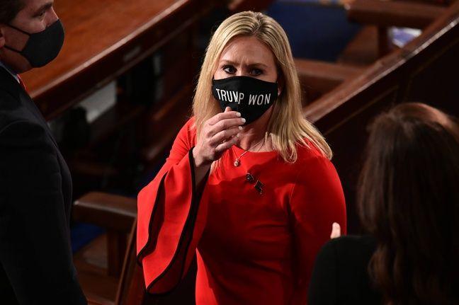 Marjorie Taylor Greene, la représentante de l'Etat de Géorgie, a fièrement revendiquée son appartenance au mouvement QAnon pour se faire élire au Congrès. Maintenant élue, elle tente de s'en distancier — Erin Scott/AP/SIPA