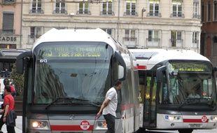 Illustration d'un bus à Lyon.