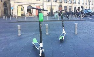Les trottinettes électriques en libre-service de la start-up Lime sont arrivées à Bordeaux le 26 septembre 2018.
