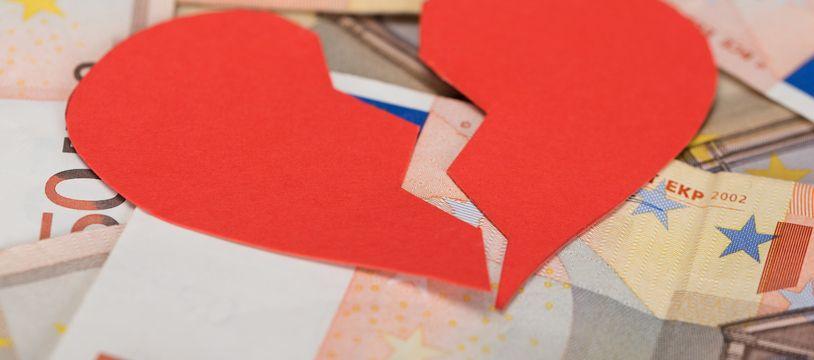 Les frais liés à la procédure de divorce démarrent à environ 1.150 dollars aux États-Unis.