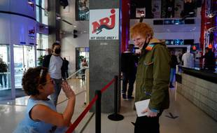 Ed Sheeran en promo chez NRJ, à Paris.