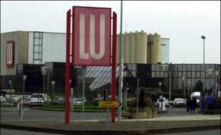 Les biscuits LU, qui ont accompagné les goûters de générations de petits Français, seraient sur le point d'être absorbés par le géant américain Kraft qui le rachèterait à son concurrent Danone, selon le Financial Times, une cession qui inquiète les syndicats.