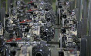 Des moteurs électriques dans une usine du constructeur automobile Renault à Cléon, en Seine-Maritime, le 18 juin 2015