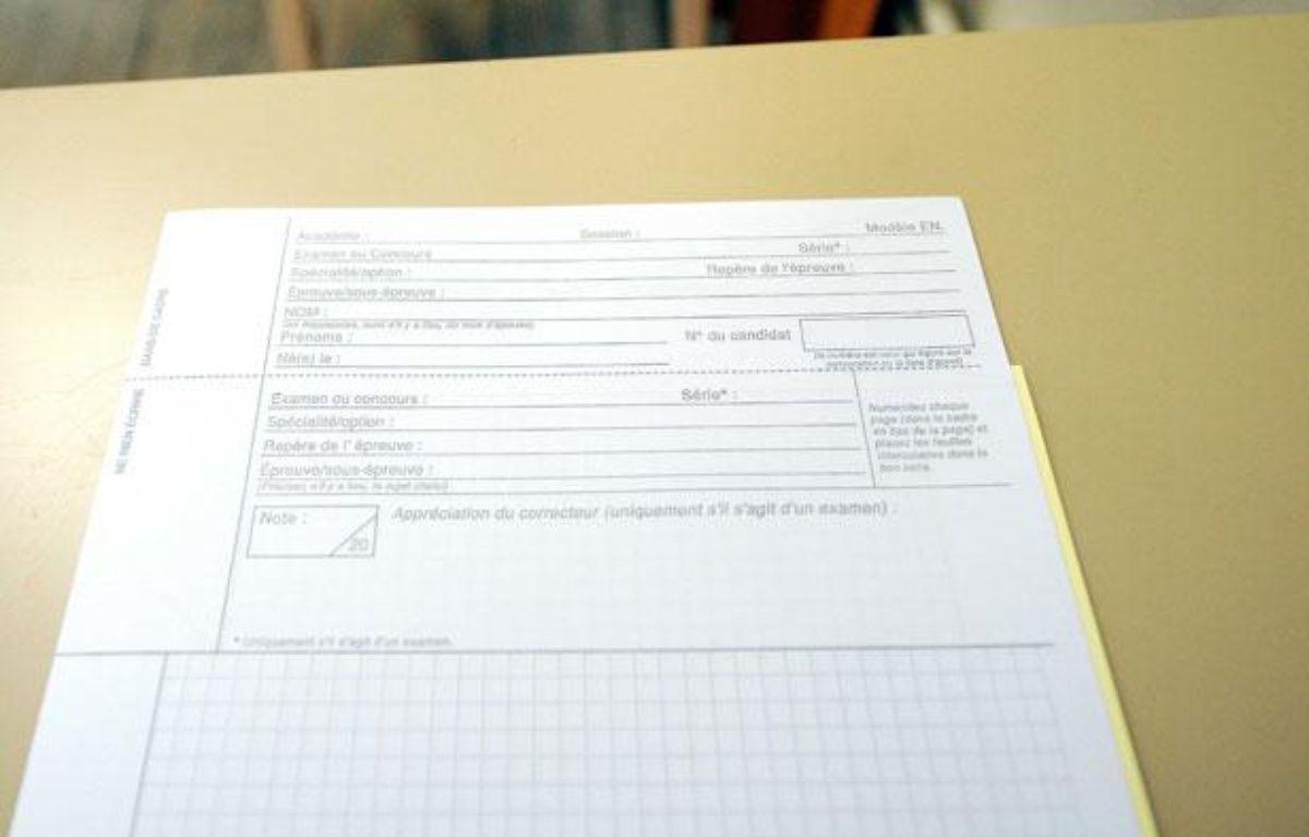 Exemplaire d'une copie vierge distribuée aux candidats au baccalauréat, le 18 juin 2012 au lycée Poincare de Nancy. – POL EMILE/SIPA