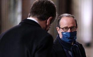 François Hollande travaille à une nouvelle force politique pour les élections présidentielles 2022.