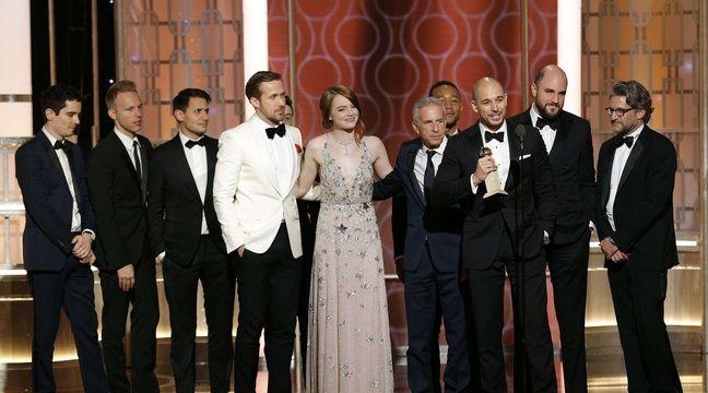 Toute l'équipe du film «La La Land», qui a remporté sept Golden Globes, le 8 janvier 2017, notamment pour son réalisateur Damien Chazelle et les acteurs Ryan Gosling et Emma Stone. –  Paul Drinkwater/AP/SIPA