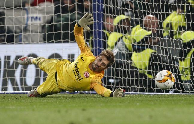 Mercato en DIRECT: Trapp vers le Portugal... Manchester United va prolonger De Gea... Suivez les transferts de mardi en live
