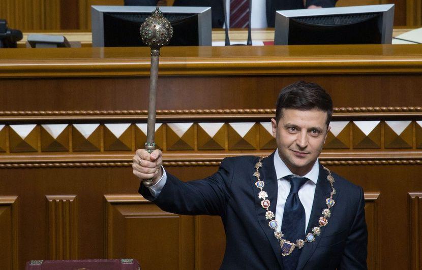 Ukraine: A peine investi, le président Volodymyr Zelensky convoque des législatives anticipées