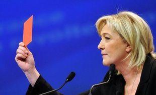 """Un responsable de l'équipe de campagne de Marine Le Pen a affirmé mardi que le site internet de la candidate (www.marinelepen2012.fr) a subi """"de très grosses attaques"""" depuis ce week-end, précisant que le Front national envisageait de déposer plainte."""