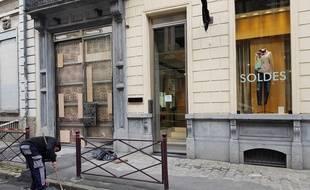 La boutique Michel Ruc, à Lille, a été visée par une attaque à la voiture bélier.