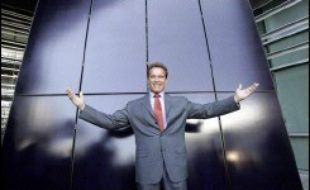 Le gouverneur républicain de Californie Arnold Schwarzenegger s'est notamment distingué sur ce front en signant fin septembre une loi de réduction des émissions de gaz carbonique dans l'Etat, la première dans le pays.