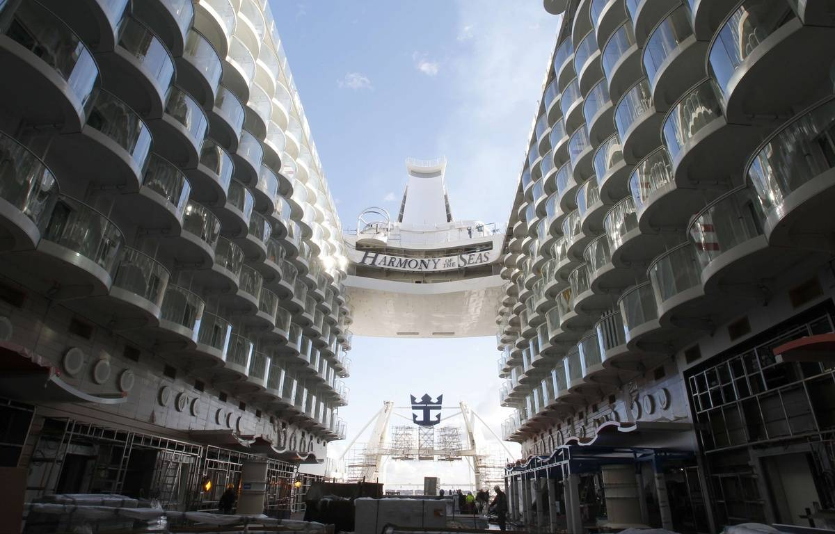 """A view of the """"Harmony of the Seas""""(AP Photo/Laetitia Notarianni)/NYOTK/113703955504/1602191034 – Laetitia Notarianni/AP/SIPA"""