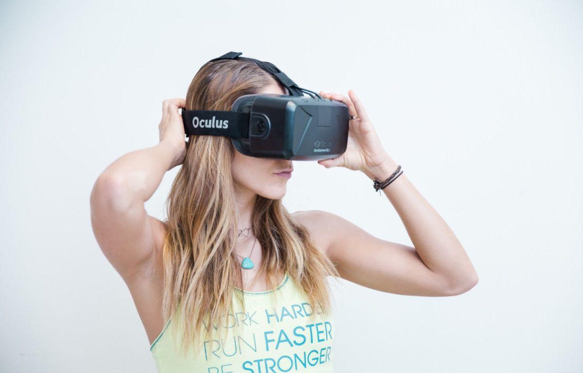 Le casque Oculus Rift dans les starting-blocks pour des entrainements en réalité virtuelle. – RUNTASTIC