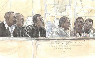 Les présumés pirates somaliens lors du procès de l'affaire du Ponant, le 22 mai 2012, à Paris.