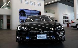Un véhicule Tesla, le 10 août 2016 à San Francisco, aux Etats-Unis.
