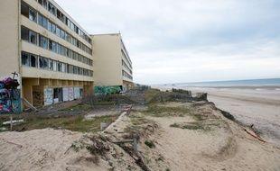 L'immeuble le Signal à Soulac-sur-mer est devenu l'emblème de l'érosion côtière.