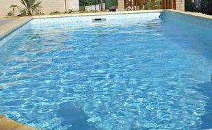"""Une information judiciaire a été ouverte après la noyade début août d'une fillette dans la piscine d'un centre de vacances de Nerac, piégée par une bonde d'aspiration au coeur d'une enquête technique """"complexe""""."""