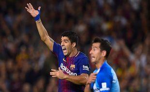 Non, Luis, ce n'est pas à toi de protester…