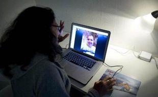 Quitter son île natale de Taïwan pour la Suède n'a pas été pour David Huang le même saut dans l'inconnu que cela pouvait être autrefois, grâce aux appels que lui permet le logiciel Skype.