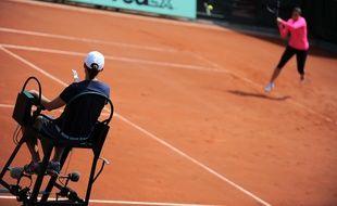 Deux arbitres de tennis ont été suspendus pour des faits de corruption en février 2016.