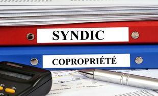 Les mandats du syndic de copropriété et du conseil syndical sont prolongés exceptionnellement en raison de la crise sanitaire.