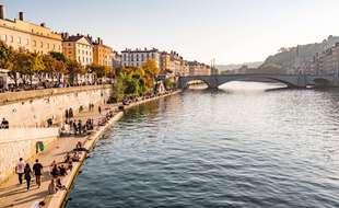 Les quais de Saône de Lyon où s'est déroulée mardi soir une fête sauvage en présence de 300 personnes.