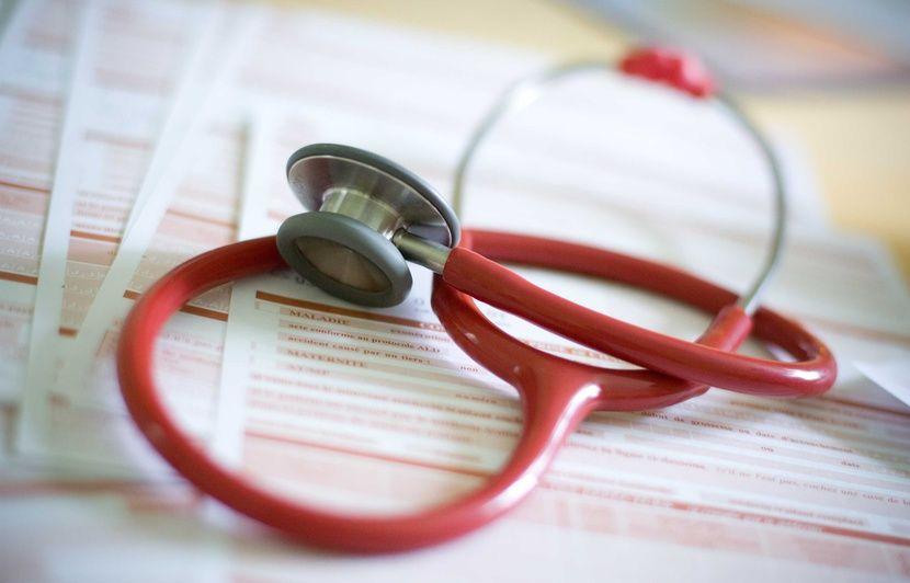 Metz : Un couple d'hommes souhaite adopter, le médecin leur refuse un certificat médical