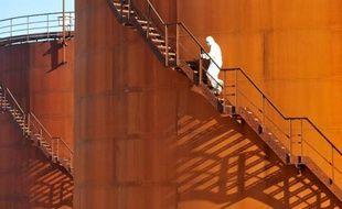 Le groupe de services pétroliers franco-américain Schlumberger a plaidé coupable à Washington d'avoir violé les embargos américains contre l'Iran et le Soudan, a annoncé le département de la Justice