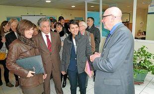 Les deux ministres ont été accueillies par le directeur de l'association Afsad.