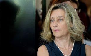 L'ex-ministre Hélène Conway-Mouret a remis mercredi à Manuel Valls 50 propositions pour simplifier le retour des Français expatriés.