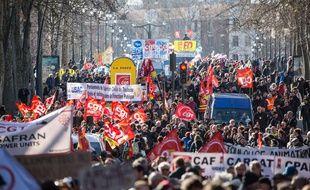 Des manifestants et manifestantes contre la réforme des retraites à Toulouse, le 6 février à Toulouse pour la 9 journée interprofessionnelle de grève et manifestations.