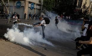 Des manifestants à Santiago le 18 octobre 2019.