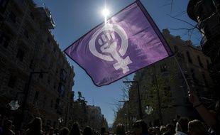 Drapeau du mouvement féministe