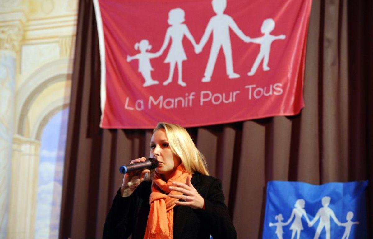 Marion Maréchal Le Pen prenait part à un débat de la Manif pour Tous, le 13 novembre 2015 à Marseille. – FRANCK PENNANT / AFP
