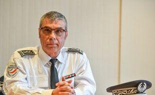 Le chef de la police de Lille Christian Wulveryck lors de la conférence de presse du procureur en charge de l'enquête sur le meurtre d'Angélique Six, le 30 avril 2018