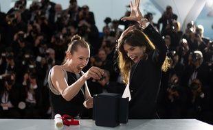 Au Festival de Cannes 2015, Emmanuelle Bercot (à g.) a obtenu le prix d'interprétation féminine pour «Mon Roi» réalisé par Maïwenn (à dr.). Cette même année, le film d'ouverture du festival était «La Tête haute» réalisé par Emmanuelle Bercot.