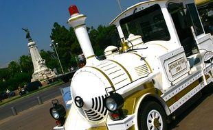 L'actuel petit train touristique de Nice.
