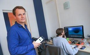 Strasbourg le 02 octobre 2017 Benoît Lichté réalisateur de films documentaires VR à 360° dans les bureaux de Seppia, les producteurs du film.